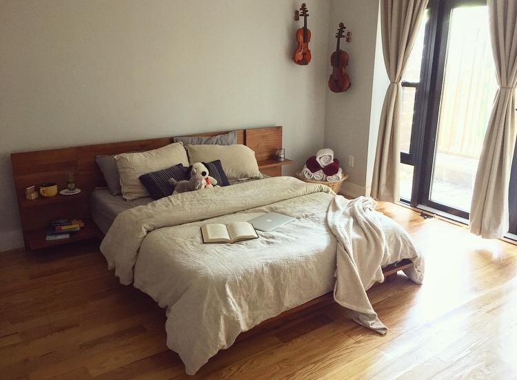 Reddit user Alecd93's bedroom