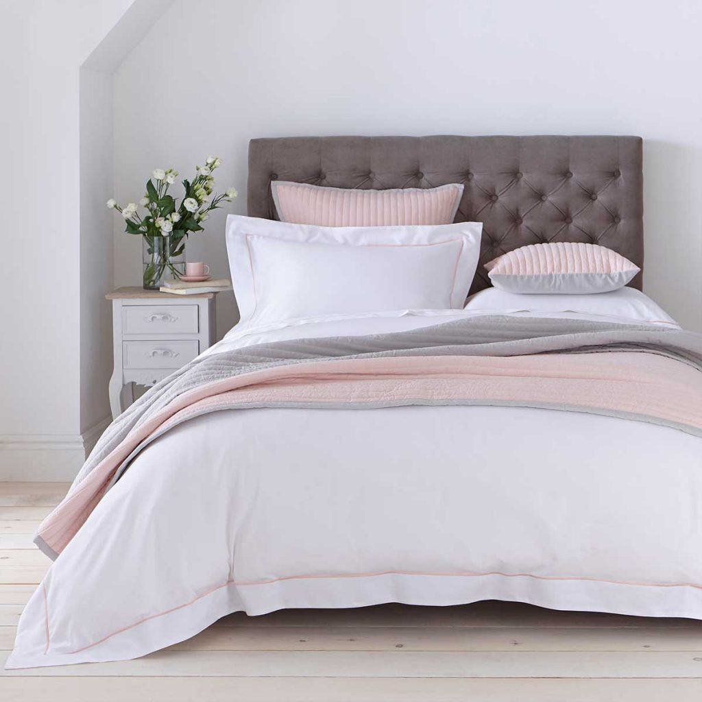 twilight bed throw 1.5m x 2.0m - pink and grey