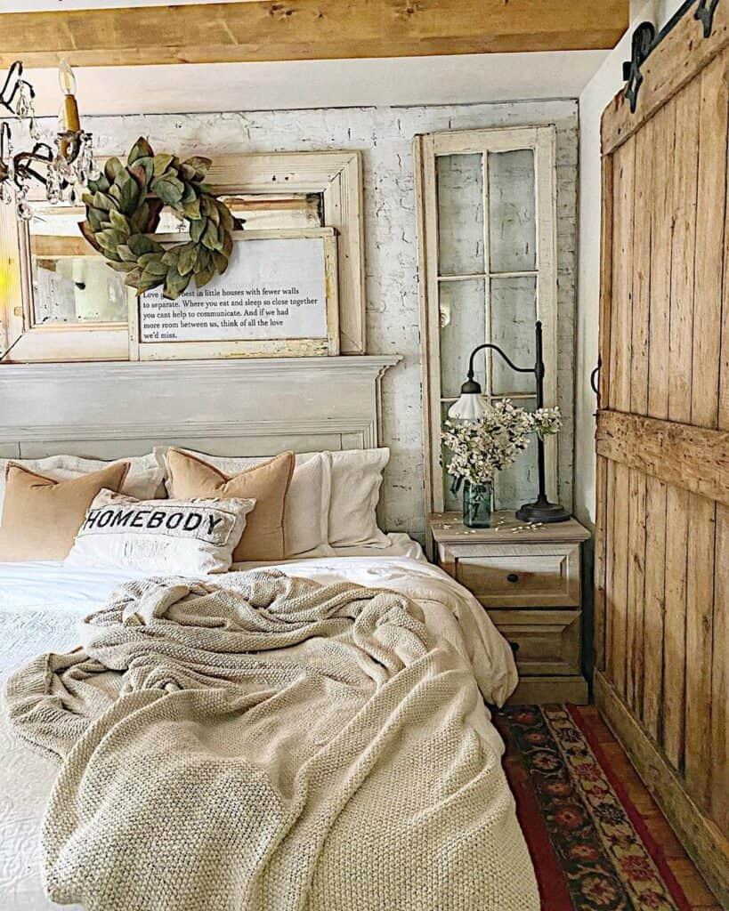 cottageonmainst bedroom