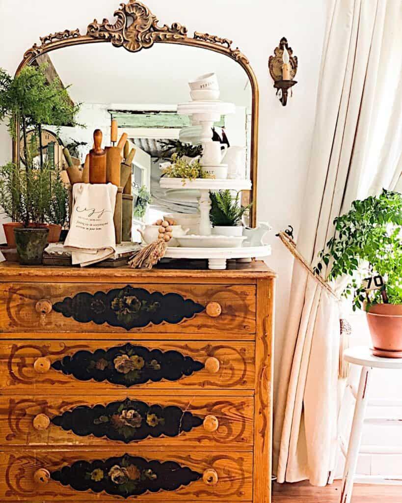 cottageonmainst dresser