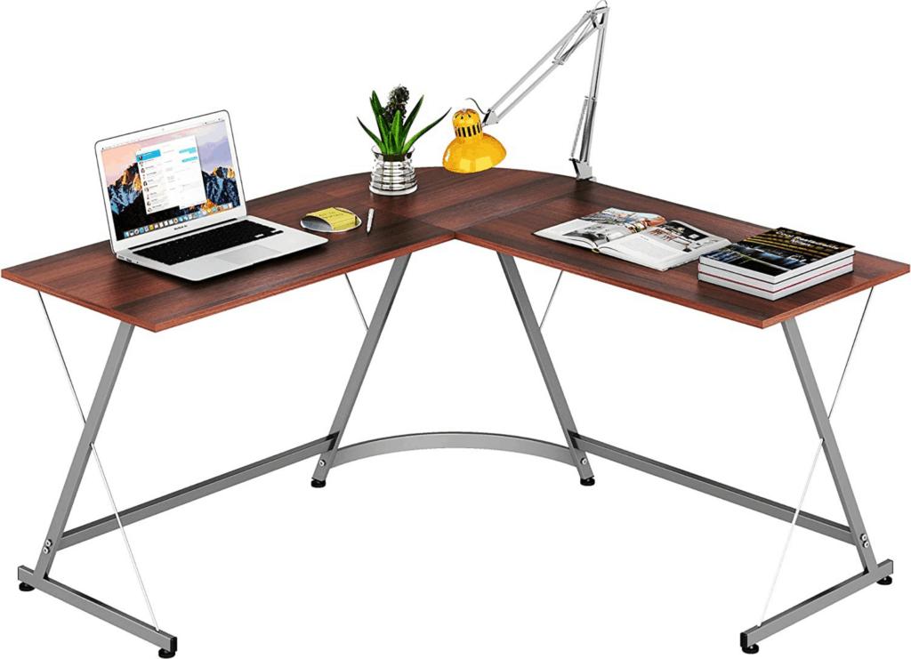 Le Crozz desk full view