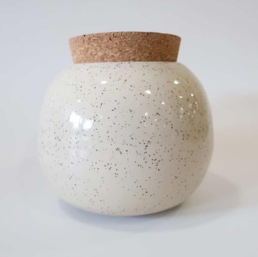 Nature Design Pottery two tone white