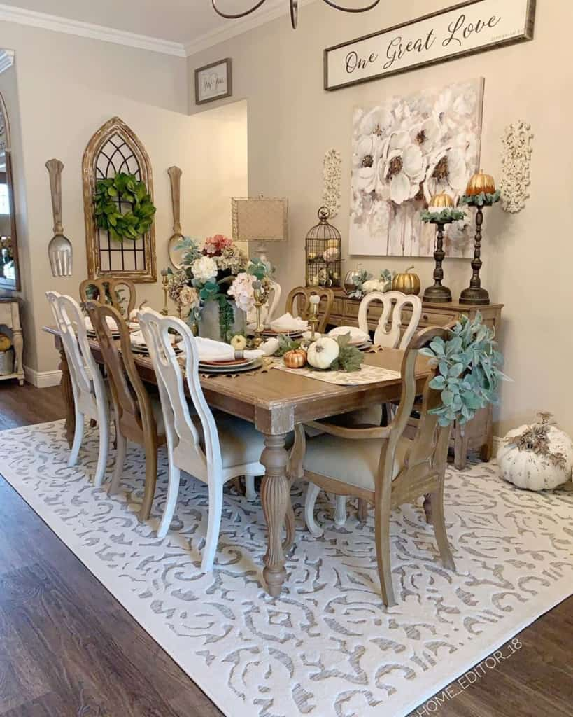 Chriselda French Country dining room